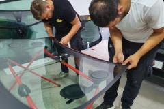 Reparacija-i-zamena-auto-stakala-AutoGlass-PJ-03